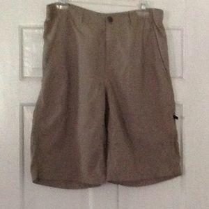 Columbia shorts size 32 W, 12 L